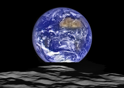 earth_and_MoonLimb_cutDec2015_web
